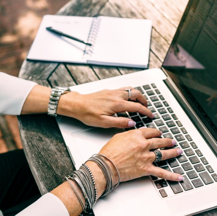 blogging-making-money-and-get-richest-in-millionaires